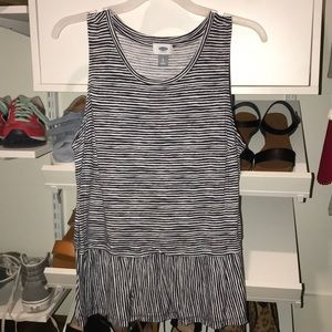 navy and white old navy tank